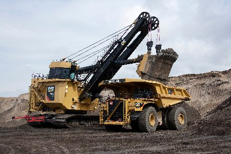 Caterpillar celebrates its 1000th 797 ultra-class mining truck