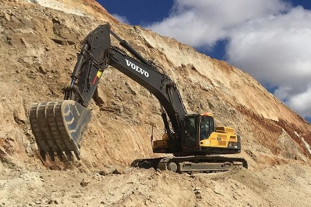 Volvo excavators are the centerpiece of a new mining venture in Madagascar