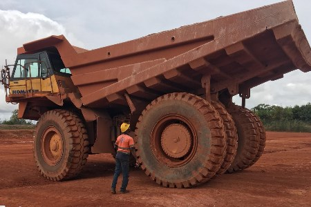 Guinean mine chooses Magna tyres for bauxite transport